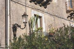 Traditionell arkitektur i Catania, Sicilien, Italien arkivbilder