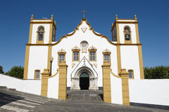 Traditionell Azores kyrka Santa Cruz Praia da Vitoria Terceir Arkivbilder