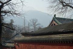 Traditionell byggnad på den Shaolin templet Royaltyfri Foto