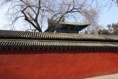 Traditionell byggnad på den Shaolin templet Royaltyfria Bilder