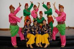 Traditionell dans för Malay royaltyfri fotografi