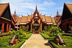 Traditionell en khmer Artchitecture på Cambodias Natio Arkivbilder