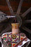 Traditionell flaska av vin Royaltyfri Fotografi