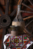 Traditionell flaska av vin Arkivbilder