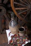 Traditionell flaska av vin Arkivfoto