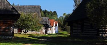 Traditionell folk byarkitektur, svala, Slovakien royaltyfria bilder