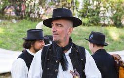 Traditionell folk mässa i heder av helgonet Istvn och det första brödet i Ungern med folk förlage budapest hungary Royaltyfri Fotografi