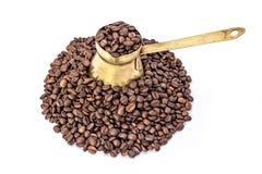 Traditionell gammal kaffekruka Arkivfoton