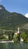 Traditionell gammal kyrka i Tremezzo på den Como lakesiden Fotografering för Bildbyråer
