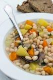 traditionell grekisk soup för bönamat Arkivbild
