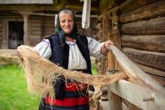 Traditionell hand kraft från Rumänien, Maramures län arkivbild