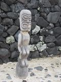 Traditionell Hawaiin Wood skulptur Royaltyfria Foton
