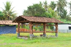Traditionell husbyggnad under konstruktion, Yogyakarta Indonesien royaltyfri foto
