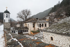 Traditionell by i Bulgarien fotografering för bildbyråer