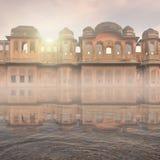 Traditionell indisk byggnad Arkivbild