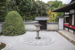 Traditionell japansk karesansui Arkivbild