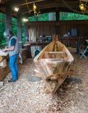 Traditionell kanotbyggmästare Royaltyfri Bild
