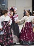 traditionell klänningkorean Royaltyfria Bilder