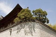 Traditionell koreansk stilarkitektur på Hanok by, södra K Arkivbild