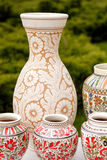 Traditionell krukmakeri från Rumänien - blom- modeller Royaltyfria Bilder