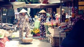 Traditionell lokal marknad i Hoi An arkivbild