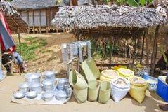 Traditionell malagasy gatamarknad Arkivbild