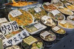 Traditionell matmarknad i Seoul, Korea Royaltyfri Fotografi