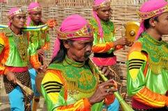 Traditionell musik på det Madura tjurloppet, Indonesien Arkivfoto