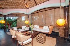 Traditionell och antik design för Balinesestilvilla Arkivbilder