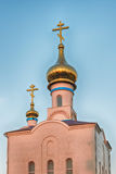 Traditionell ortodox kyrka i Frunze, liten by i Krim Royaltyfri Foto