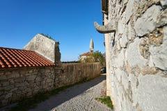 Traditionell by på slovenian Karst, Stanjel, Slovenien, Europa Arkivfoto