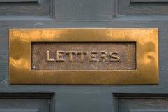 Traditionell - period - antikvitet - Front Door Letterbox Arkivfoto