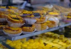 Traditionell portugisisk bakelse - pastell de nata arkivfoto