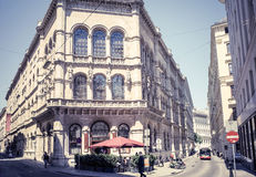 Traditionell restaurang för klassisk stil i Wien Fotografering för Bildbyråer