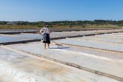 Traditionell salt extraktion royaltyfria bilder