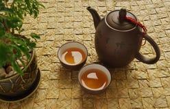 traditionell set teapot för kines Arkivfoton