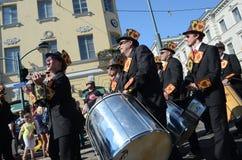 Traditionell sommarsambakarneval i Helsingfors på 7-8 Juni 2013. Arkivfoto