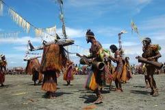 Traditionell stam- händelse på maskeringsfestivalen Royaltyfri Fotografi