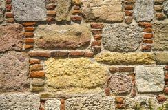Traditionell textur för sten- och tegelstenväggbakgrund royaltyfri bild