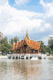 Traditionell thai stilarkitektur Arkivbilder