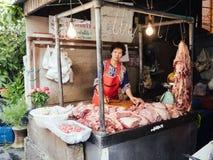 Traditionell thailändsk grisköttsäljare Fotografering för Bildbyråer
