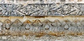 Traditionell thailändsk stilkonst på tempelväggen Royaltyfria Foton