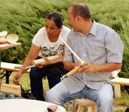 Traditionell träskeddanande, Rumänien Arkivbild