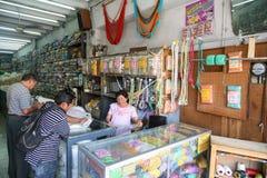 Traditionell typisk hammoc shoppar i Merida, Yucatan, Mexico Arkivbilder