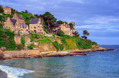 Traditionella breton stenhus, Brittany, Frankrike Arkivbild