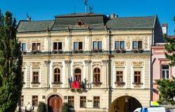 Traditionella byggnader i den gamla staden av Presov, Slovakien arkivbild
