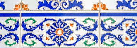 Traditionella dekorativa spanska dekorativa tegelplattor, original- cerami Royaltyfria Bilder