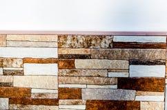Traditionella dekorativa spanska dekorativa tegelplattor, original- cerami Arkivbild