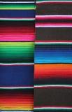 traditionella färgrika textilar arkivbilder