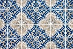 traditionella glasade portugisiska tegelplattor Arkivbild